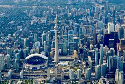 location-Toronto-Canada-learn-english-banner2-1-500×335